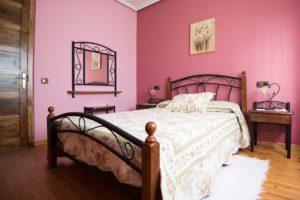 Habitación Peonia. Casa María La Carbayeda